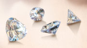 В чем отличие между алмазом и бриллиантом, как выглядят настоящие камни